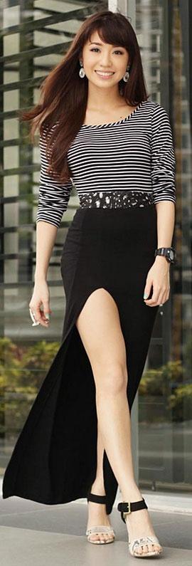 Black and White Street Style | WAGW top, H belt, Style Staple skirt, Aldo heels