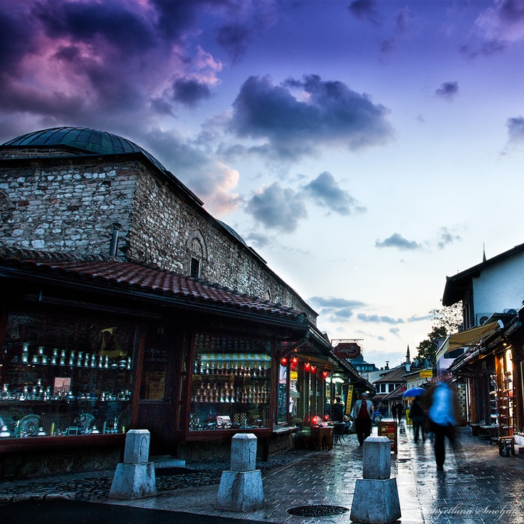 bosnia civil war essay Culture of bosnia and herzegovina - history, people, clothing, traditions, women, beliefs, food, customs, family bo-co  bosnia did not have a civil war, but was .