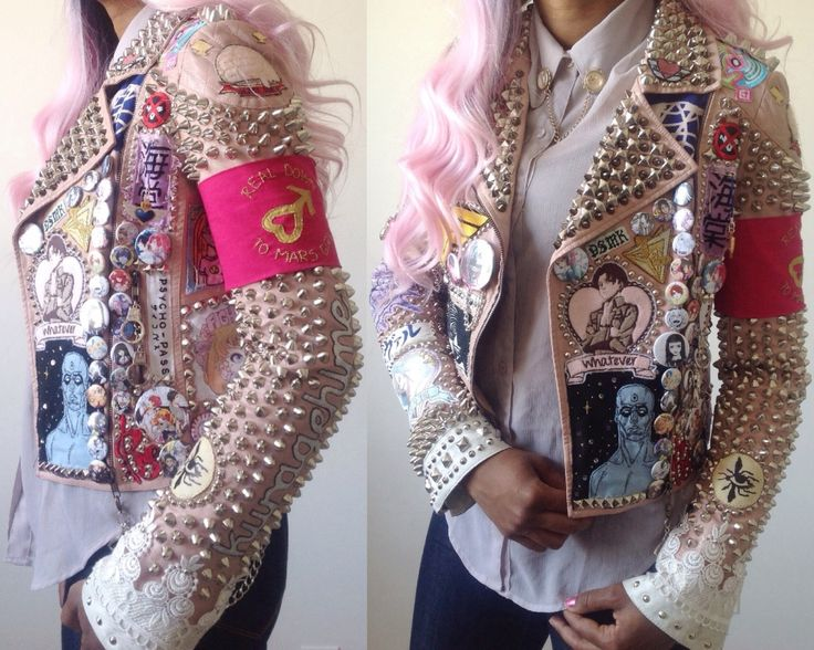 zidisha: Progress on my weeb trash jacket filled with manga/comic/anime things. Always loved the aesthetic of punk jackets, but decided to make one in my own style. ————————————————- Ok. This is already one of my favorite jackets on the site. I'm...
