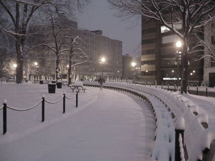 Dupont Circle, snow, pictures