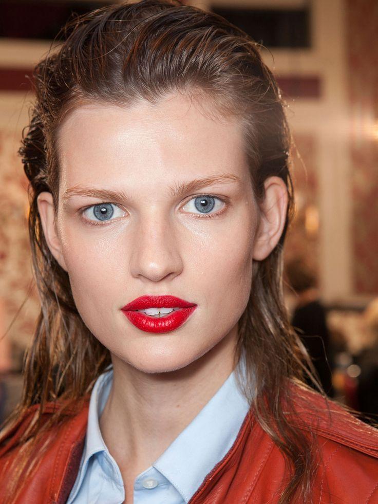 Fresh, sleek, and a pair of Dior couture lips! Dior 2013 #Dior #ParelleCosmetics #Beauty #Makeup #Lipstick