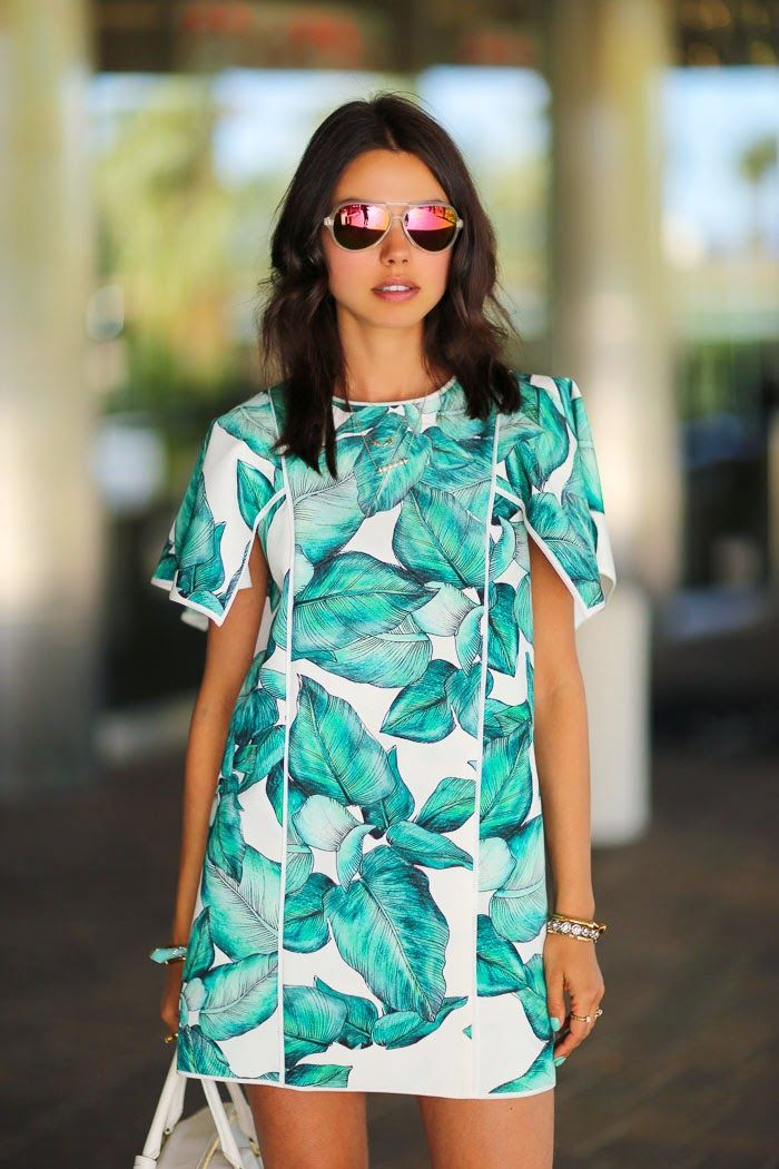 "Annabelle Fleur of www.VivaLuxury.blogspot.com wearing Cameo the label's ""Silver Springs Dress"" in the Lily Palm printin her blog post titled >> Palm Leaf Print in Palm Springs"