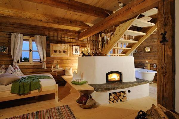 Alpen-Freude: Nobler Kuschelurlaub auf der Alm-Hütte
