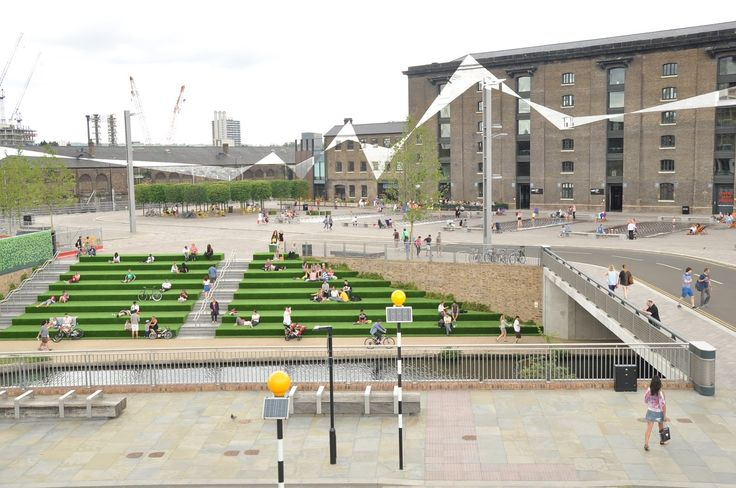 London - Kings Cross - Central Saint Martins - Google zoeken