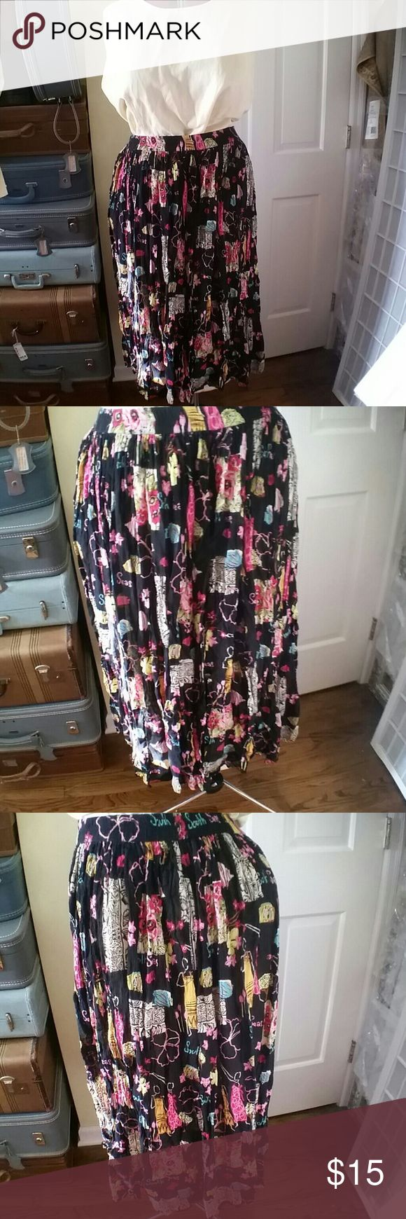 Tropical Fashion Faux linen broomstick skirt Tropical Fashion print faux linen broomstick shirt. Elastic waist... This fits like a freesize skirt for plus size people... Think 16-32 White Stag Skirts Maxi