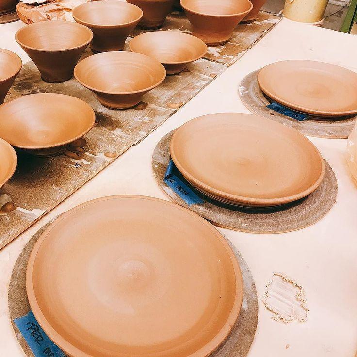 Working on that dinnerware. . . . . . #ceramic #ceramics #clayart #maker #potter #designer #creator #pottery #handmade #customart #wheelthrown #wheelthrownart #wheelthrownpottery #art #artsy #artist #sculptor #sandiegoart #localart #stoneware #craftedart #wheelthrowing #kemerik #hygge #tableware #ceramicplates #ceramicbowls
