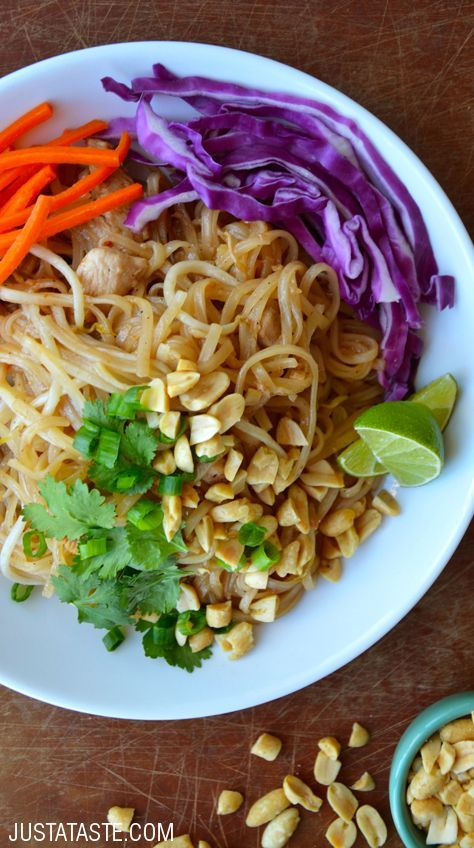 Easy Pad Thai with Chicken recipe via justataste.com