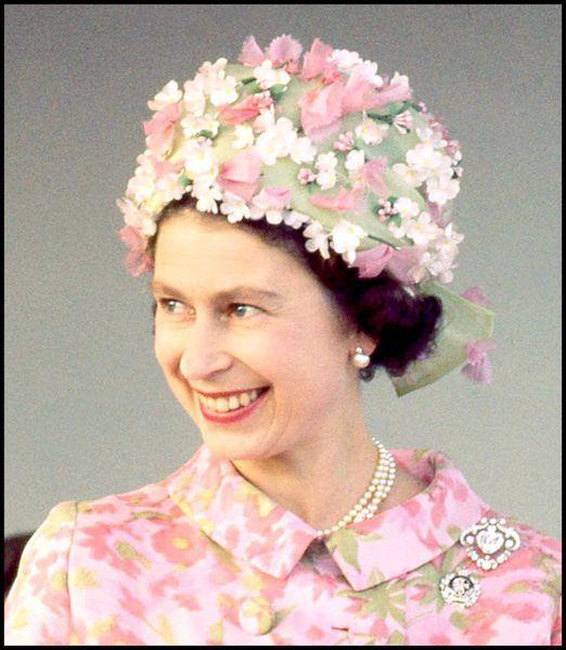 La reine d'Angleterre en photos : les années 1960 d'Elizabeth II