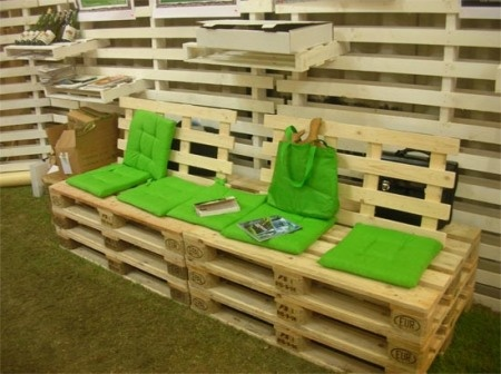 stacked pallet seating