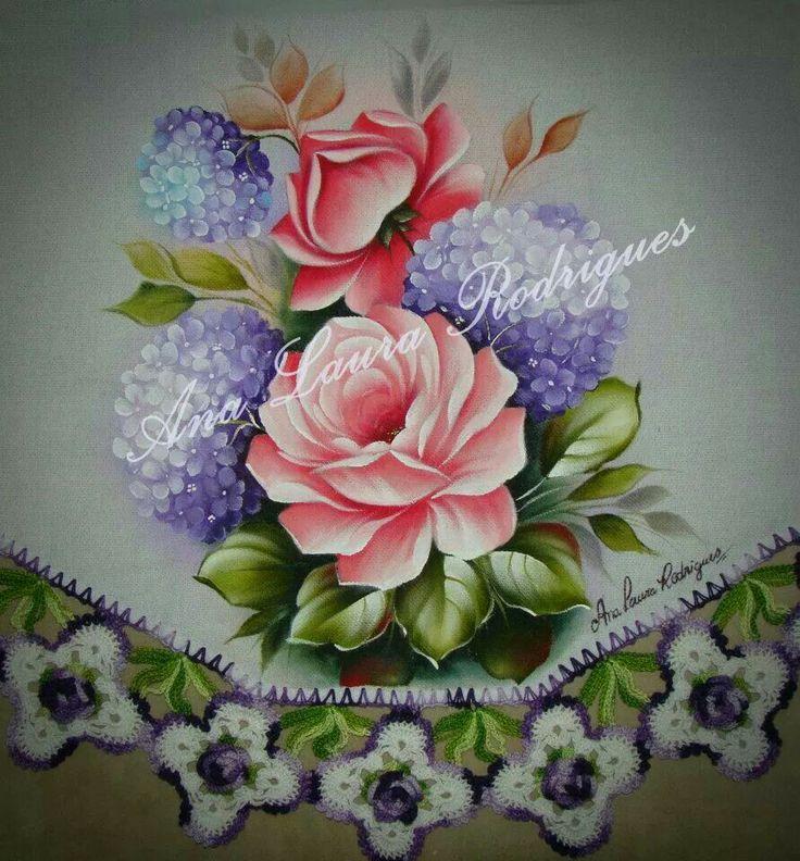 Rosas con hortensias