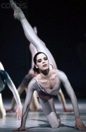 Milf Masha dancing
