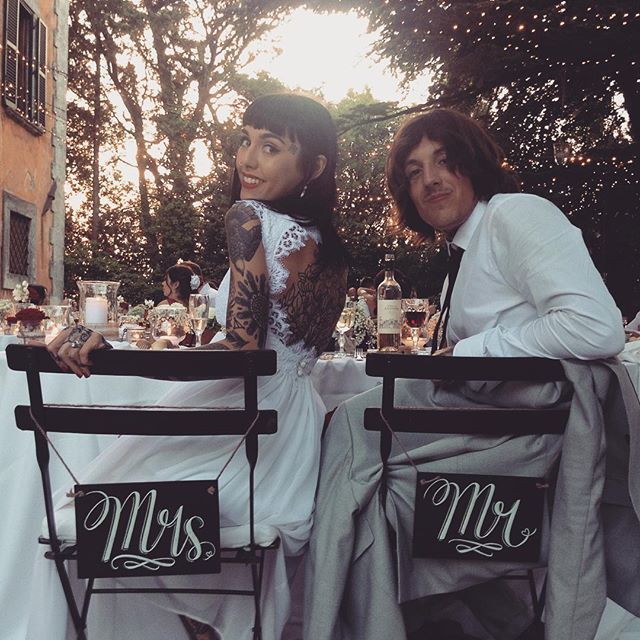 Oli sykes kissing his wife picture 869