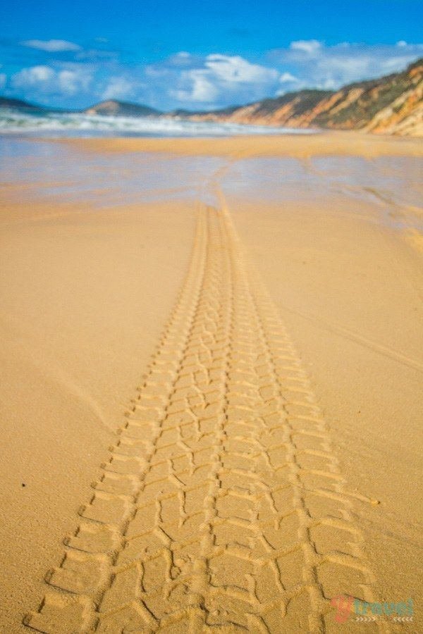 Go 4x4 driving on Rainbow Beach in Queensland, Australia. Visit our blog for tips on what to see & do!