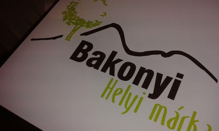 A Geszler Családi Pincészet is az elsők között kapta meg a Bakonyi Helyi Márka védjegyet a borokra. http://geszlerpince.hu/videk-minosege-vedjegyesek-lettunk