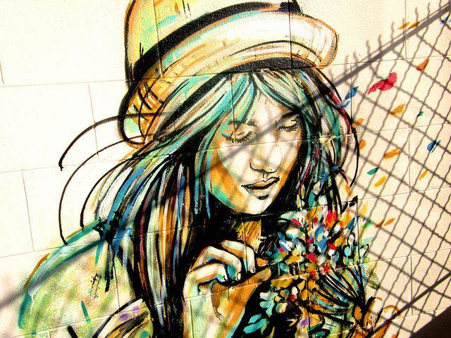 Alice Pasquini es una artista del street art quien ha decorado los muros de diversas ciudades alrededor del mundo
