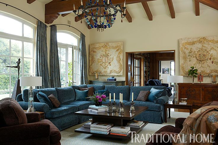 Best A Blue Bauble Chandelier Dazzles Above A Living Room With 400 x 300