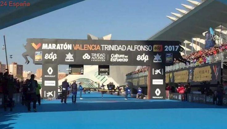 El keniano Kitwara se impone en el maratón de Valencia y bate el récord de la prueba