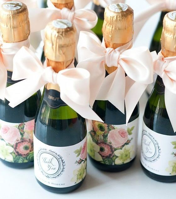 Ideas For Wedding Favors For Guests: Wedding Favour Ideas.......