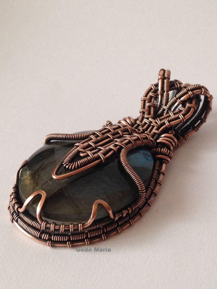 Labradorite in copper
