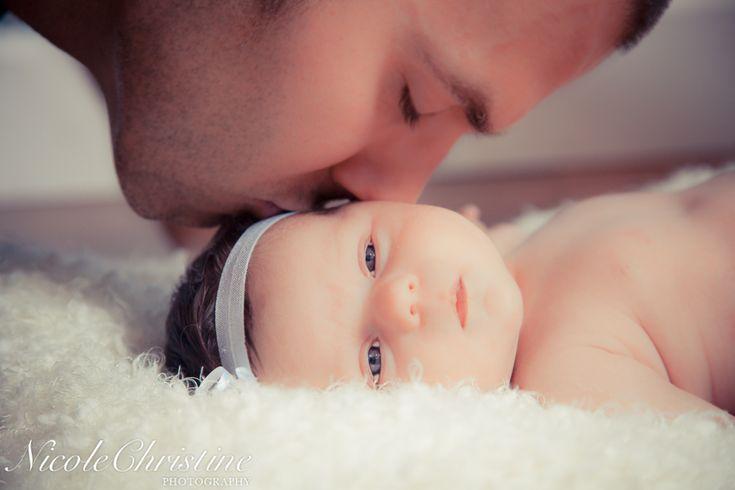 Father Daughter Newborn Baby Photo     Nicole Christine Photography