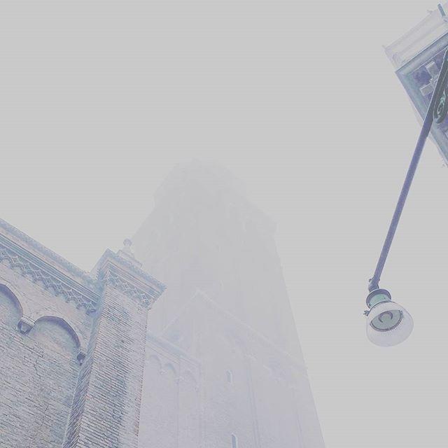 09.12 a.m. #venezia #venice #fog #nebbia #foggyday #italy #november #chasingfog #fogvenice #foginvenice