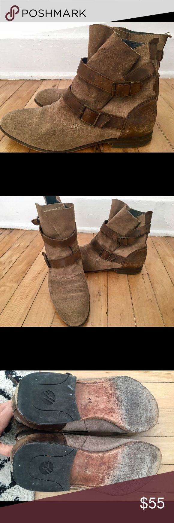 H BY HUDSON ankle boots. Tan /brown SZ 39 H BY HUDSON boots. Tan with brown leather. Has some wear and tear, just need to be cleaned up and maybe new heal sole. Size 39. I have insoles in so could fit smaller. 8.5 / 9 H By Hudson Shoes Ankle Boots & Booties