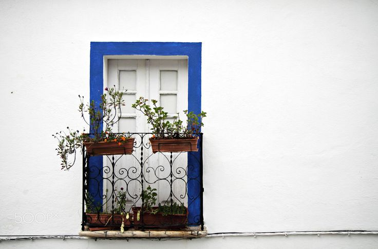 White and blue - Vila Viçosa, Portugal