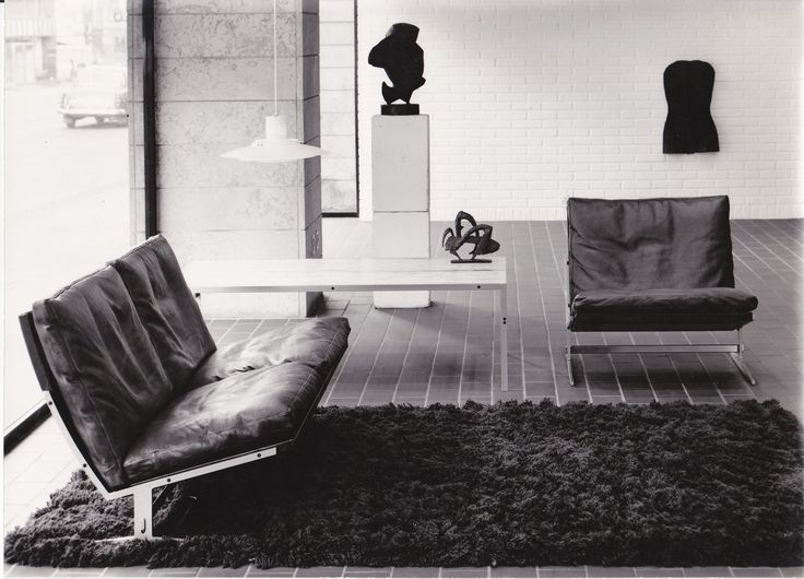 bo-551 table in steel and marble. Designed by Fabricius & Kastholm in 1963. Interior from Westminster furniture showroom in Copenhagen, 1960s.