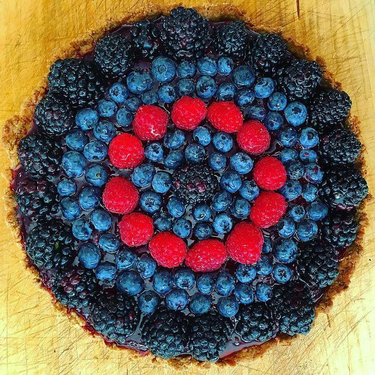 Vegan tart! Pistachio shortbread crust blackberry-mint-chia seed jam ...