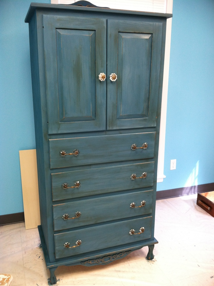 96 best chalk paint armoire images on pinterest antique for Ideas for painting a dresser