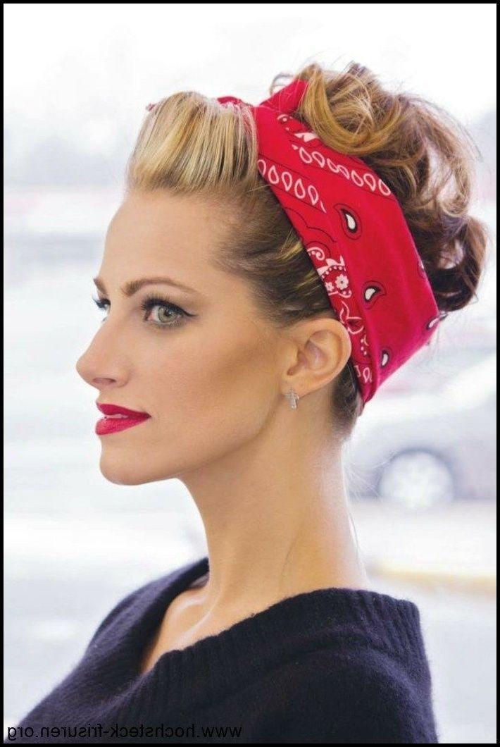 Vintage Meets Modern A Classic Lifestyle New Look In 2020 50er Jahre Frisur Frisuren Rockabilly Frisur