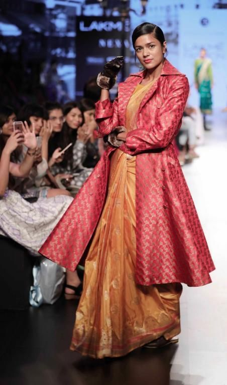 8b231afa68d21 How To Dress Up For A Delhi Winter Wedding   incredible Indian ...