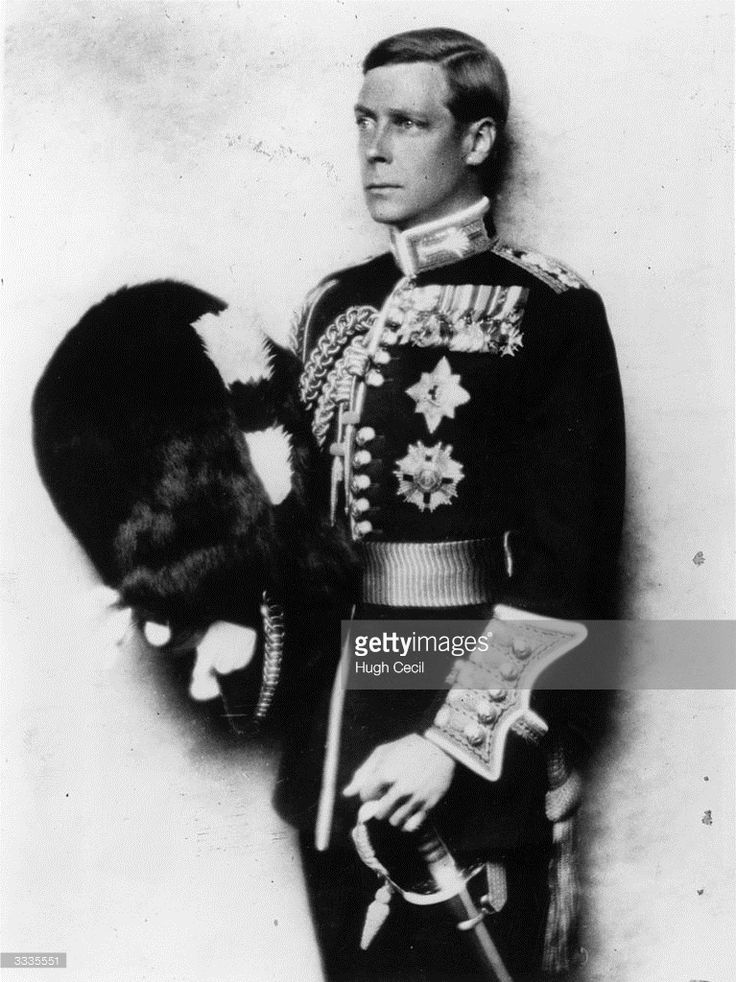 King Edward VIII (1894 - 1972) just before his abdication wearing the uniform of the Welsh Guards. He ruled for one year in 1936, until he abdicated to marry Mrs Wallis Simpson.  (Photo by Hugh Cecil/Keystone/Getty Images)