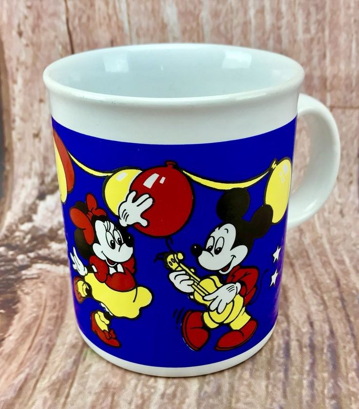 The Walt Disney Company Mickey And Minnie Mouse Drinking Cup Mug collectable