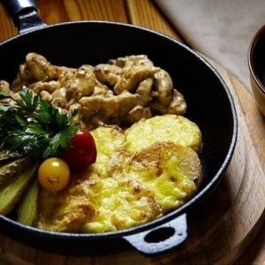 Fricassee of chicken with potatoes. Recipes with photos.