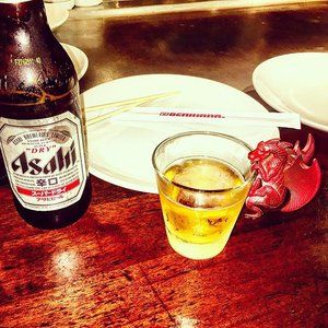 Dinner & a show with the chefs from @benihanaus Drinking a Asahi beer #benihana #anaheim #asahi #asahibeer #dinner #rice #steak #chicken #hibachi #japanese #japanesefood #dragonoffthewagon #dotw #drinksharewin #dsw #dragon #dragons #beer #wine #cocktails #drink #drinks #liquor #drinkup #giftcards Dragon Off The Wagon