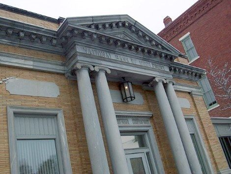 The Oldest Bank in Each New England State - http://www.newenglandhistoricalsociety.com/oldest-bank-new-england-state/