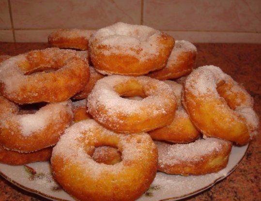 Фото к рецепту: Вкусные пончики