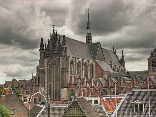 Hooglandse Kerk Leiden (1377)