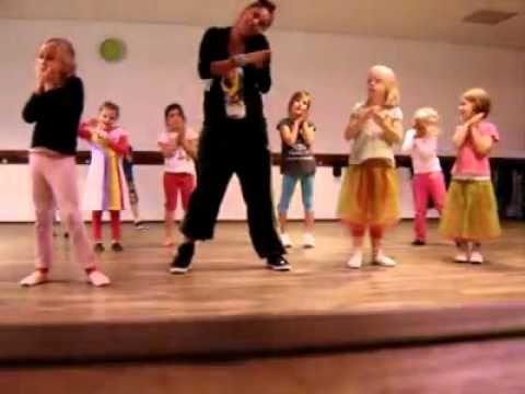 LM Dance Kleuterdans De Douchedruppel - YouTube