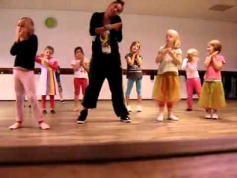 LM Dance Kleuterdans De Douchedruppel - YouTube