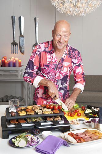 Voor zijn televisieprogramma Pluijm's Eetbare Wereld gaat kok René Pluijm bij RTL4 op zoek naar authentieke gerechten. René heeft een neus voor smaken en lekkere ingrediënten en weet er de meest lekkere gerechten mee te maken. Deze kerst  maakt René zeven kerstgerechtjes voor een heerlijke kerst.