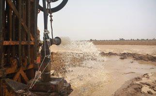 04/07/13 -  L'acqua è sgorgata a Gouriki Samba Diom.