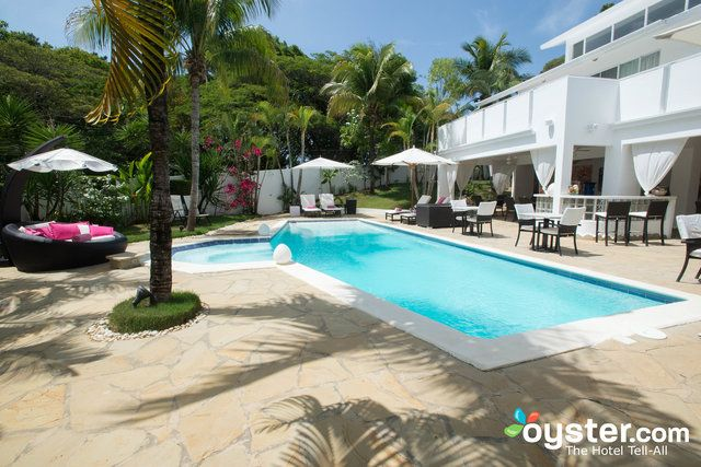 Often lauded as one of the best upscale hotels in the Dominican Republic, Casa Veintiuno is an intimate bed-and-breakfast with just three poshly decorated rooms. Thanks to hospitable Belgian owners, Casa Veintiuno exhibits a flair of European cool that can't be found anywhere else in the area. Rooms are equipped with French designer bedding, Dutch mattresses, and Italian espresso machines. There's a small pool surrounded by cushioned lounge chairs and a tropical garden, as well as an…