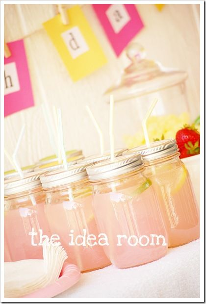 birthday!: Mason Jars Cups, Cute Ideas, Mason Jars Drinks, Parties Drinks, Birthday Parties Ideas, Party Ideas, Drinks Ideas, Party Drinks, Birthday Ideas