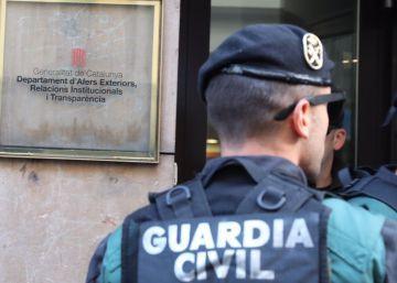 La fiscalía investiga si grandes empresas contratistas de la Generalitat están pagando el referéndum ilegal