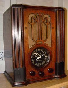 Zenith 4-V-31 Farm Radio
