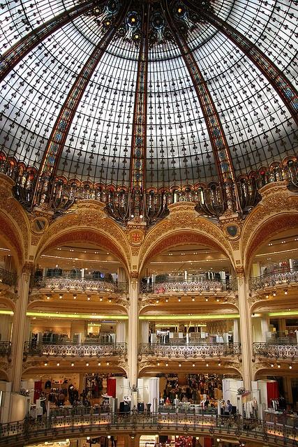 Shopping: #Parijs -style bij Galeries #Lafayette http://travelbird.nl/stedentrip/parijs/ #TravelBird