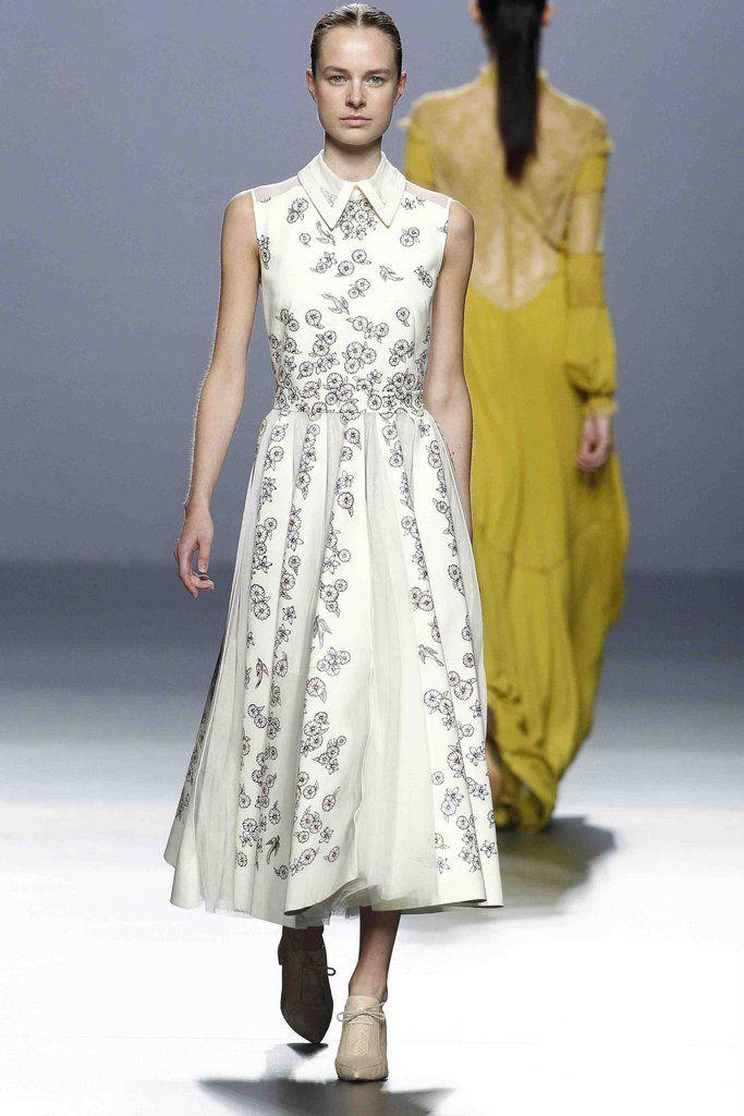 Teresa Helbig - Madrid - 2016 - Primavera-verano - Harper's Bazaar
