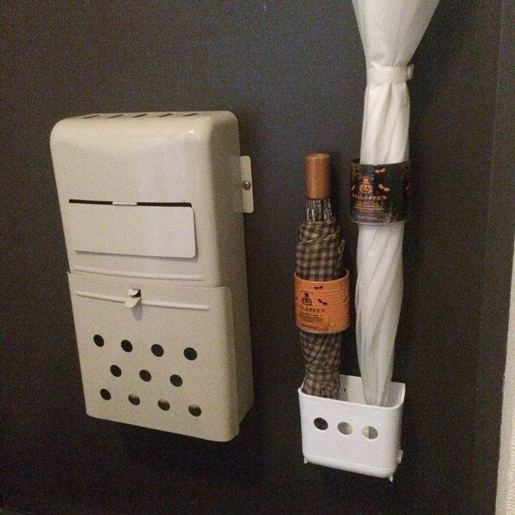 空き缶に磁石を貼付ける